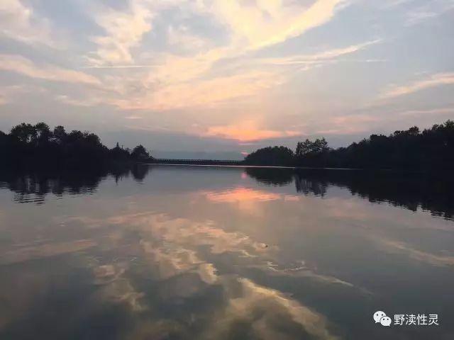 大竹县观音镇东行十里,佛立山记